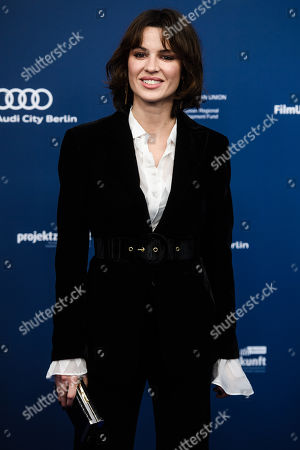 Natalia Avelon arrives for the German Drama Award (Deutscher Schauspielpreis) ceremony in Berlin, Germany, 13 September 2019 (issued 14 September 2019).