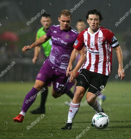 Derry City vs Dundalk. Derry's Barry McNamee and Dundalk's Daniel Kelly