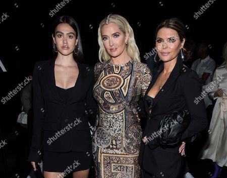 Lisa Rinna, Erika Jayne, Amelia Gray Hamlin. Amelia Hamlin, left, Erika Jayne and Lisa Rinna attend the Vera Wang show during Fashion Week on in New York