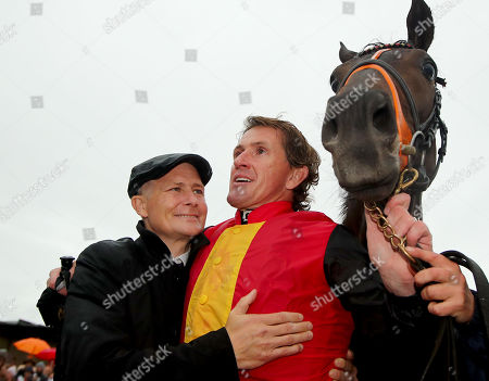The Pat Smullen Champions Race For Cancer Trials Ireland. Pat Smullen with Tony McCoy and Quizical