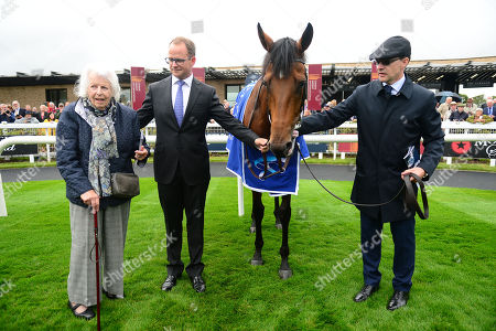 CURRAGH. Derrinstown Stud Flying Five Stakes. Group 1. FAIRYLAND and owner Evie Stockwell with grandson MV Magnier and trainer Aidan O'Brien after their win.