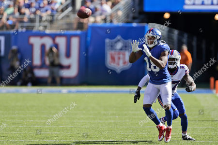 New York Giants' Bennie Fowler (18) make sa catch during the second half of an NFL football game against the Buffalo Bills, in East Rutherford, N.J