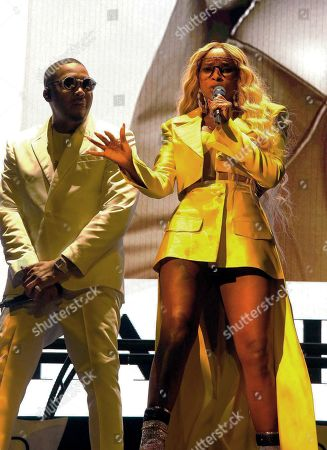 Editorial picture of Mary J Blige and Nas in concert at Bankers Life Fieldhouse, Indianapolis, USA - 12 Sep 2019