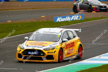 Tom CHILTON Team Shredded Wheat Racing with Gallagher during the Kwikfit British Touring Car Championship at Knockhill Racing Circuit, Dunfermline