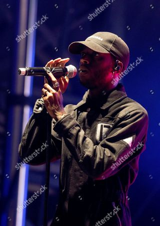 6lack performs on stage during Day 2 of Music Midtown 2019, in Atlanta