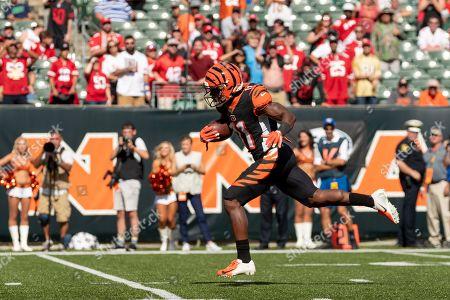 Cincinnati Bengals wide receiver John Ross III (11) breaks free for a touchdown during NFL football game action between the San Francisco 49ers and the Cincinnati Bengals at Paul Brown Stadium on , in Cincinnati, OH