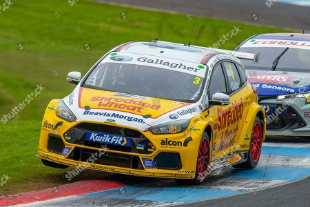 Tom CHILTON (GBR)(#3) of Team Shredded Wheat Racing with Gallagher exits chicane during Round 22 of the 2019 British Touring Car Championship at Knockhill Racing Circuit, Dunfermline