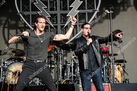 Bob Saget, David Shaw. Actor/comedian Bob Saget, right, performs with David Shaw of The Revivalists during KAABOO 2019 at the Del Mar Racetrack and Fairgrounds, in Del Mar, Calif