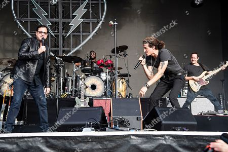 Bob Saget, David Shaw. Actor/comedian Bob Saget, left, performs with David Shaw of The Revivalists during KAABOO 2019 at the Del Mar Racetrack and Fairgrounds, in Del Mar, Calif