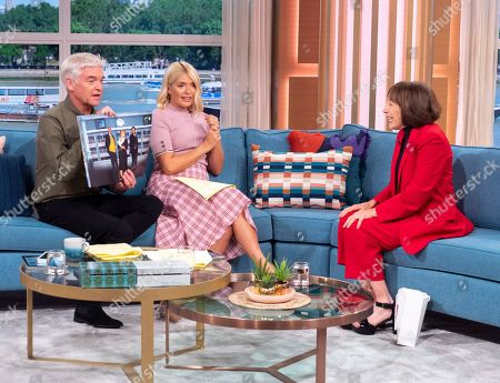 Phillip Schofield and Holly Willoughby with Didi Conn