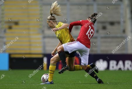 Jane Ross of Manchester United Women Women Women and Leah Williamson of Arsenal Women