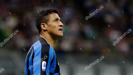 Inter Milan's Alexis Sanchez looks up during a Serie A soccer match between Inter Milan and Udinese, at the San Siro stadium in Milan, Italy