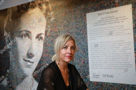 Stock Image of Artist Helen Marshall from the People's Picture and the 6,000 photos that create the portrait of Dame Peggy Ashcroft.