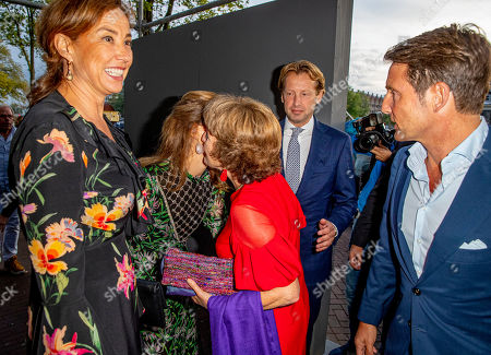 Princess Margriet, Princess Marilene, Prince Maurits, Prince Floris, Princess Aimee arrive at a special performance of the NatuurCollege in Theater Carre.