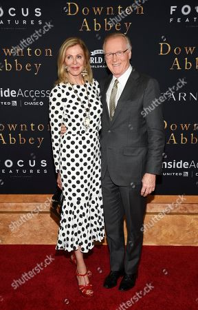 "Ellen Scarborough, Chuck Scarborough. WNBC news anchor Chuck Scarborough and wife Ellen Scarborough attend the premiere of ""Downton Abbey"" at Alice Tully Hall, in New York"