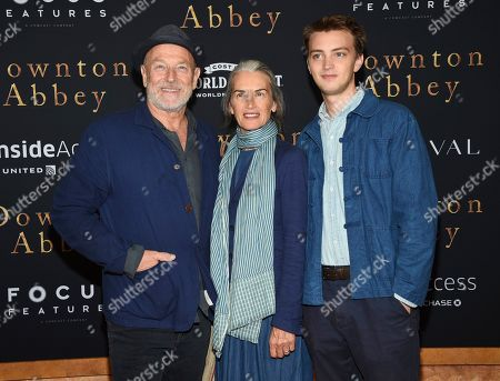 "Corbin Bernsen, Amanda Pays, Finley Bernsen. Actors Corbin Bernsen, left, and Amanda Pays pose with their son Finley Bernsen at the premiere of ""Downton Abbey"" at Alice Tully Hall, in New York"