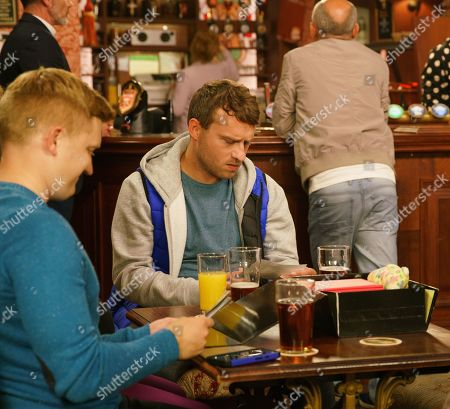 Ep 9886 Friday 27th September 2019 - 2nd Ep Billy Mayhew's, as played by Daniel Brocklebank, is puzzled to see Paul Fareman, as played by Peter Ash, in the Rovers playing happy families with Bernie Winter, Kel, as played by Joseph Alessi, Gemma Witner and Chesney Brown, as played by Sam Aston. When Bernie hands around old photos, it dawns on Paul how young he really was in comparison to adult Kel.