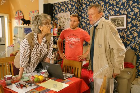 Ep 9883 Wednesday 25th September 2019 - 1st Ep Evelyn Plumber's, as played by Maureen Lipman, nonplussed when Fiz receives a birthday card from Jade, Hope's former teaching assistant in Birmingham. Tyrone Dobbs, as played by Alan Halsall, arrives home with Roy Cropper, as played by David Neilson, in tow, having enlisted him to teach Hope maths. Evelyn challenges Roy to a test.