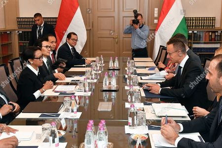 Hungarian Minister of Foreign Affairs and Trade Peter Szijjarto (3-R) and Indonesian Foreign Minister Retno Marsudi (L) during their meeting in the Ministry of Foreign Affairs and Trade in Budapest, Hungary, 17 September 2019.