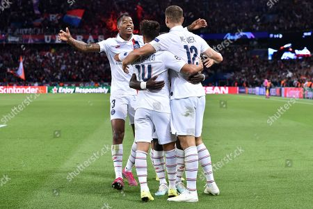 Thomas Meunier of Paris Saint-Germain celebrates scoring the 3rd goal 3-0 with Presnel Kimpembe