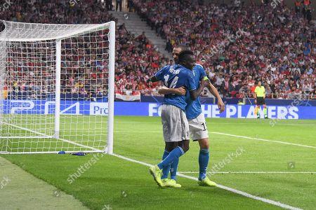 Blaise Matuidi of Juventus celebrates his goal with his teammate Leonardo Bonucci of Juventus