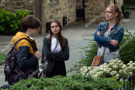 Ep 8594 Monday 16th September 2019 Trying to show off in front of new friend Danny, as played by Louis Healy, Sarah Sugden, as played by Katie Hill, gets herself in trouble when Vanessa Woodfield, as played by Michelle Hardwick, catches them hanging out together instead of doing school work. Soon enough, Sarah's mortified when Charity Dingle tells her off in front of him.