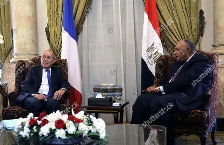 Egyptian Foreign Minister Sameh Shoukry (R) meets with French Foreign Minister Jean-Yves Le Drian in Cairo, Egypt, 17 September 2019.