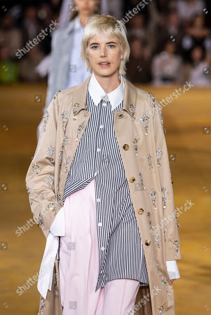 Agyness Deyn on the catwalk