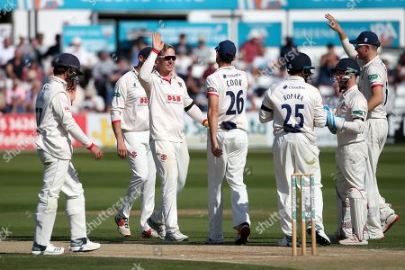 Simon Harmer of Essex celebrates taking the wicket of Jamie Smith during Essex CCC vs Surrey CCC, Specsavers County Championship Division 1 Cricket at The Cloudfm County Ground on 18th September 2019