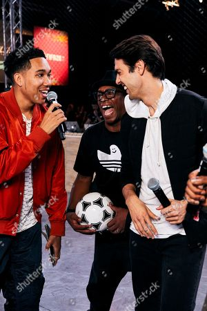 Ian Wright and Kaka are interviewed as players from across 15 cities compete in a 5-a-side football tournament at the EA SPORTS FIFA 20 World Premiere. FIFA 20 is available from September 27th