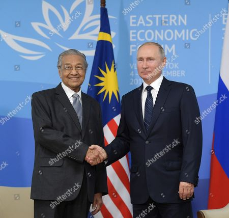 Russian President Vladimir Putin and Malaysian Prime Minister Mahathir Mohamad and Russian President Vladimir Putin