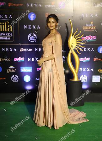 Stock Image of Bollywood actress Alia Bhatt arrives to attend the 20th International Indian Film Academy (IIFA) awards ceremony in Mumbai, India