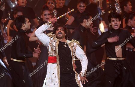 Stock Image of Ranveer Singh performs during the 20th International Indian Film Academy (IIFA) awards ceremony in Mumbai, India, 18 September 2019. The IIFA awards are prizes presented by the International Indian Film Academy every year to honour artistic and technical excellence of professionals in Bollywood.