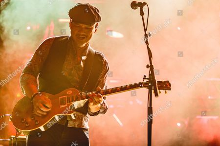 Pixies - Joey Santiago