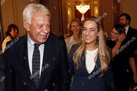 Spanish former prime minister Felipe Gonzalez (L) and Lilian Tintori, wife of Venezuelan opposition leader Leopoldo Lopez, arrive to a breakfast briefing of Colombian Foreign Minister Holmes in Madrid, Spain, 19 September 2019.