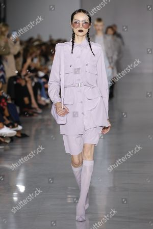 Stock Picture of Fei Fei Sun on the catwalk