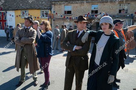 Stock Picture of Stephen Campbell Moore as Captain Chetwode, Liz Trubridge Producer, Allen Leech as Tom Branson and Michelle Dockery as Lady Mary Talbot