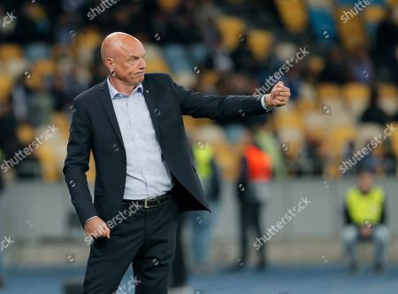 Malmo head coach Uwe Rosler reacts during the UEFA Europa League group B soccer match between FC Dynamo Kyiv and Malmo FF in Kiev, Ukraine, 19 September 2019.