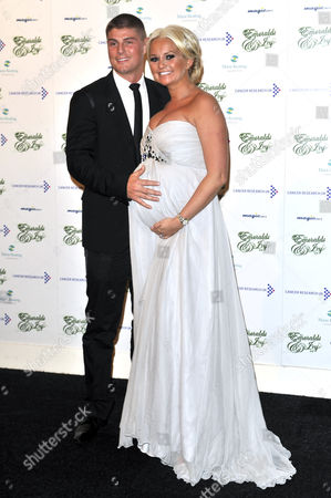 Robbie Tickle and pregnant wife Jennifer Ellison