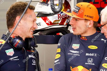 Dutch Formula One driver Max Verstappen (R) of Aston Martin Red Bull Racing talks to Aston Martin Red Bull Racing team chief Christian Horner during the second practice session ahead of the Singapore Formula One Grand Prix in Singapore, 20 September 2019. The Singapore Formula One Grand Prix night race will take place on 22 September 2019.