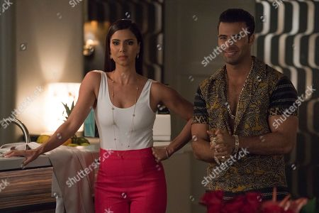 Roselyn Sanchez as Gigi Mendoza and Jencarlos Canela as El Rey