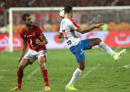 Al-Ahly player SAmr Al Solya (R) in action against Zamalek player Ferjani Sassi during the reacts during the Egyptian Super cup soccer match between Zamalek and Al-Ahly at Borg Al-Arab Stadium in Alexandria, Egypt, 20 September 2019.