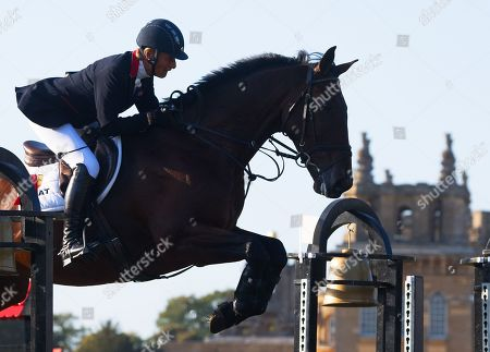 Mary King competing in the show jumping on King Robert ll at the Blenheim Palace Horse Trials