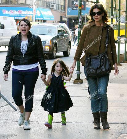 Isabella Cruise, Suri Cruise and Katie Holmes