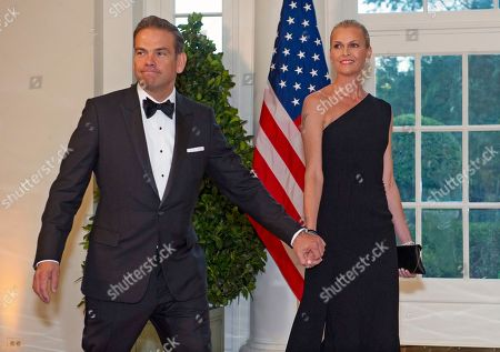 Fox Corporation Chief Executive Officer and Co-Chairman of News Corp Lachlan Murdoch (L) and Sarah Murdoch arrive for the State Dinner hosted by US President Donald J. Trump and First lady Melania Trump in honor of Australian Prime Minister Scott Morrison and his wife, Jenny Morrison, at the White House in Washington, DC, USA, 20 September 2019.