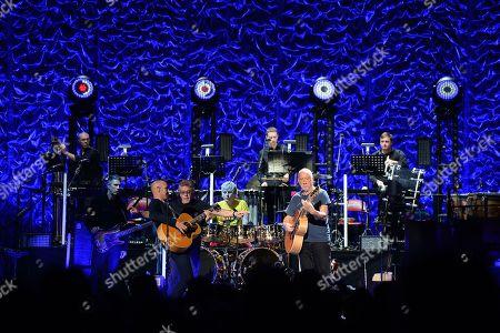 The Who - Simon Townshend, Loren Gold, Jon Button, Roger Daltrey, Zak Starkey, Pete Townshend
