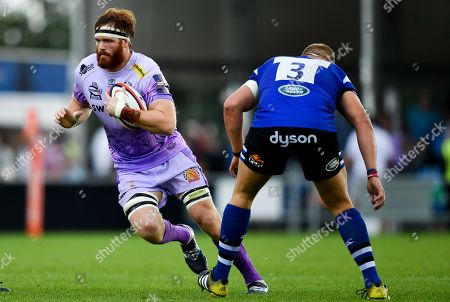 Jannes Kirsten of Exeter Chiefs is marked by Sam Nixon of Bath Rugby