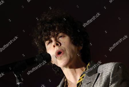Laura Pergolizzi (LP)