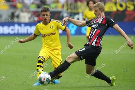 Frankfurt's Martin Hinteregger (R) in action against Dortmund's Thorgan Hazard (L) during the German Bundesliga soccer match between Eintracht Frankfurt and Borussia Dortmund  in Frankfurt Main, Germany, 22 September 2019.