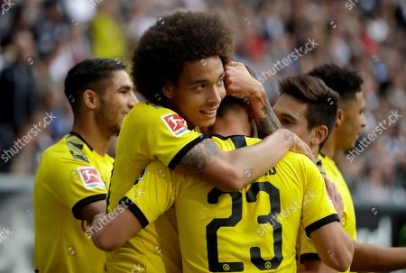 Dortmund's Axel Witsel, second left, celebrates after scoring the opening goal during the Bundesliga soccer match between Eintracht Frankfurt and Borussia Dortmund in the Commerzbank Arena in Frankfurt, Germany, Sunday, Sept.22, 2019
